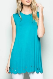Acting Pro Scalloped Hem Tunic - Front cropped