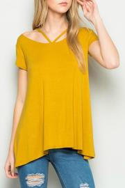 Acting Pro Short Sleeve Detail Tunic - Front cropped