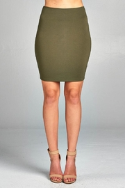 Active Basic Mini Ponte Skirt - Front cropped