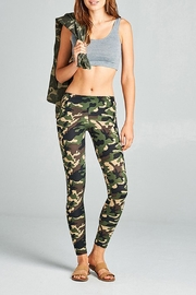Active Basic Soft Camouflage Leggings - Front cropped