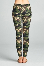Active Basic Soft Camouflage Leggings - Side cropped