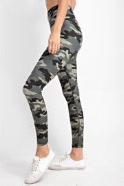 Madison Activewear Camouflage Leggings - Front full body