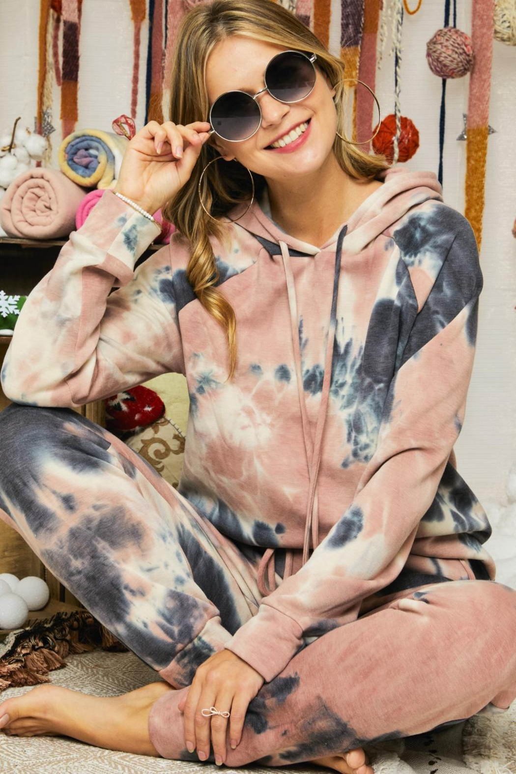 Adora Soft Tie Dye Fleeced French Terry Hoodie And Pants Loungewear Matching Set - Side Cropped Image