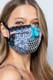 Lyn-Maree's  Adult Mask, Washable, USA - Front cropped