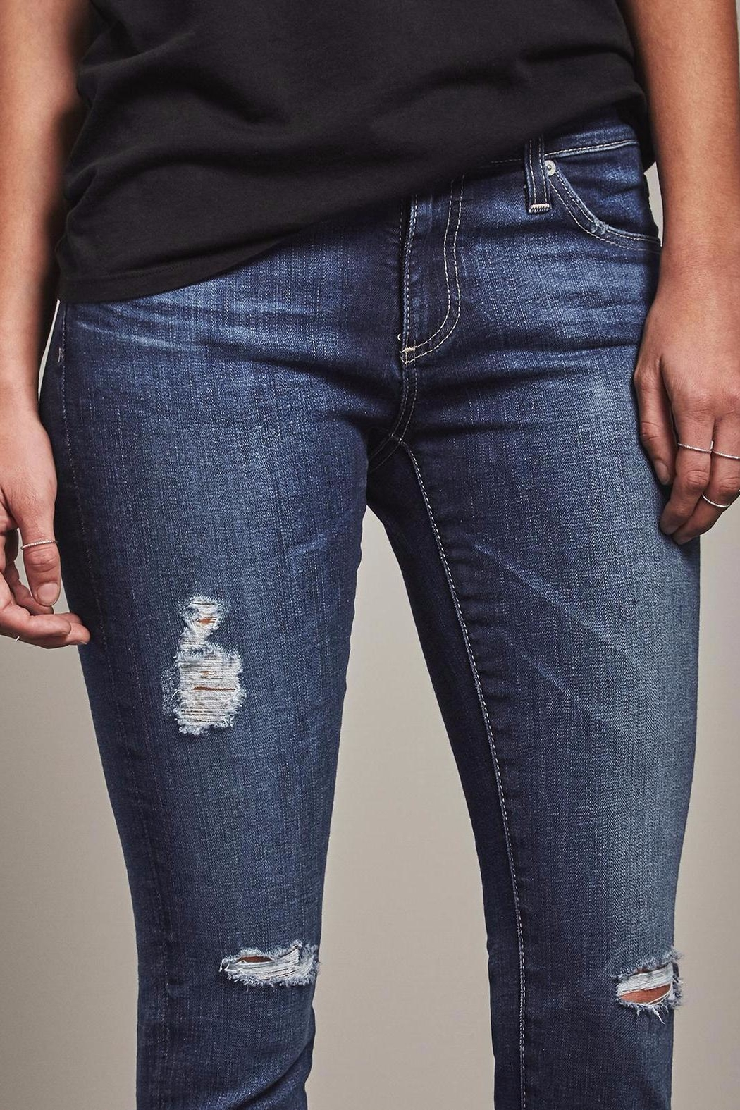 AG Jeans Ankle Skinny Jeans - Side Cropped Image