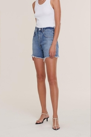 AGOLDE Riley High Rise Slim Short In Outsider - Product Mini Image