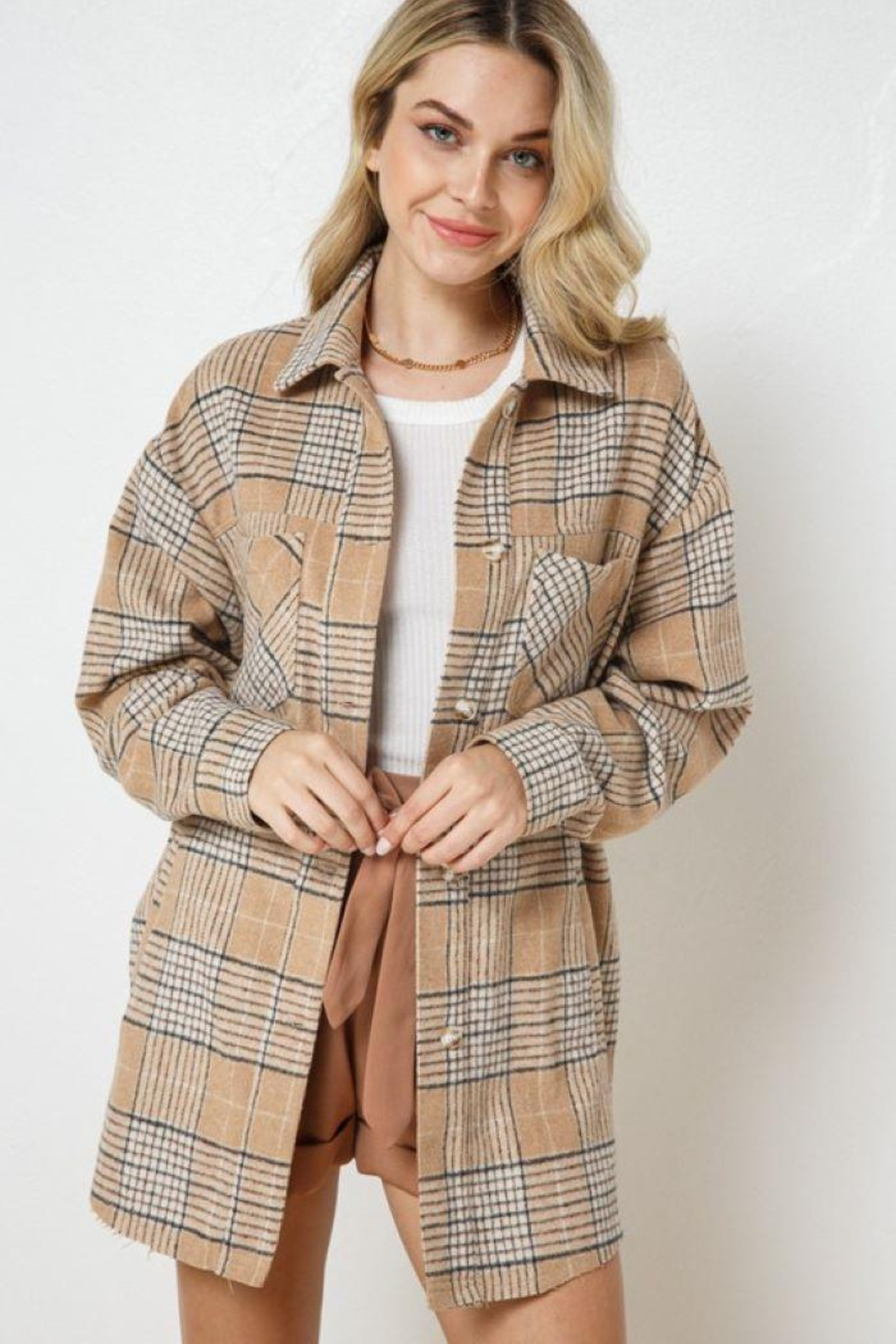 AKAIV Oversized Button Down Jacket - Side Cropped Image