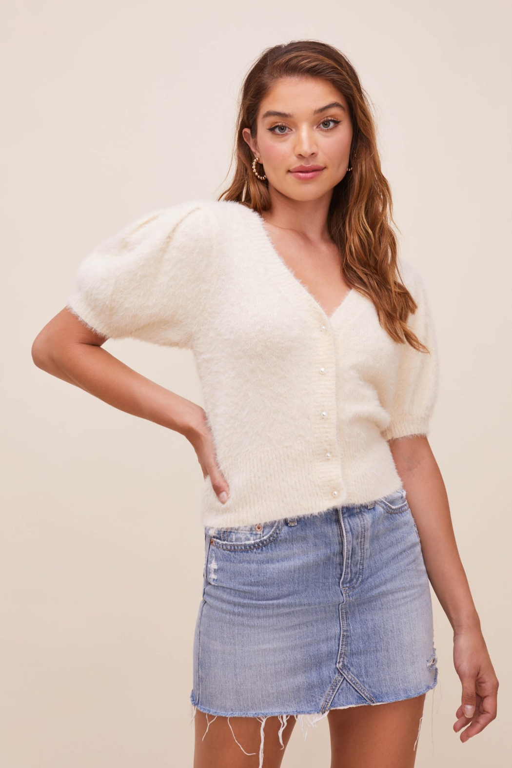 ASTR the Label Alba Puff Sleeve Cardigan - Side Cropped Image