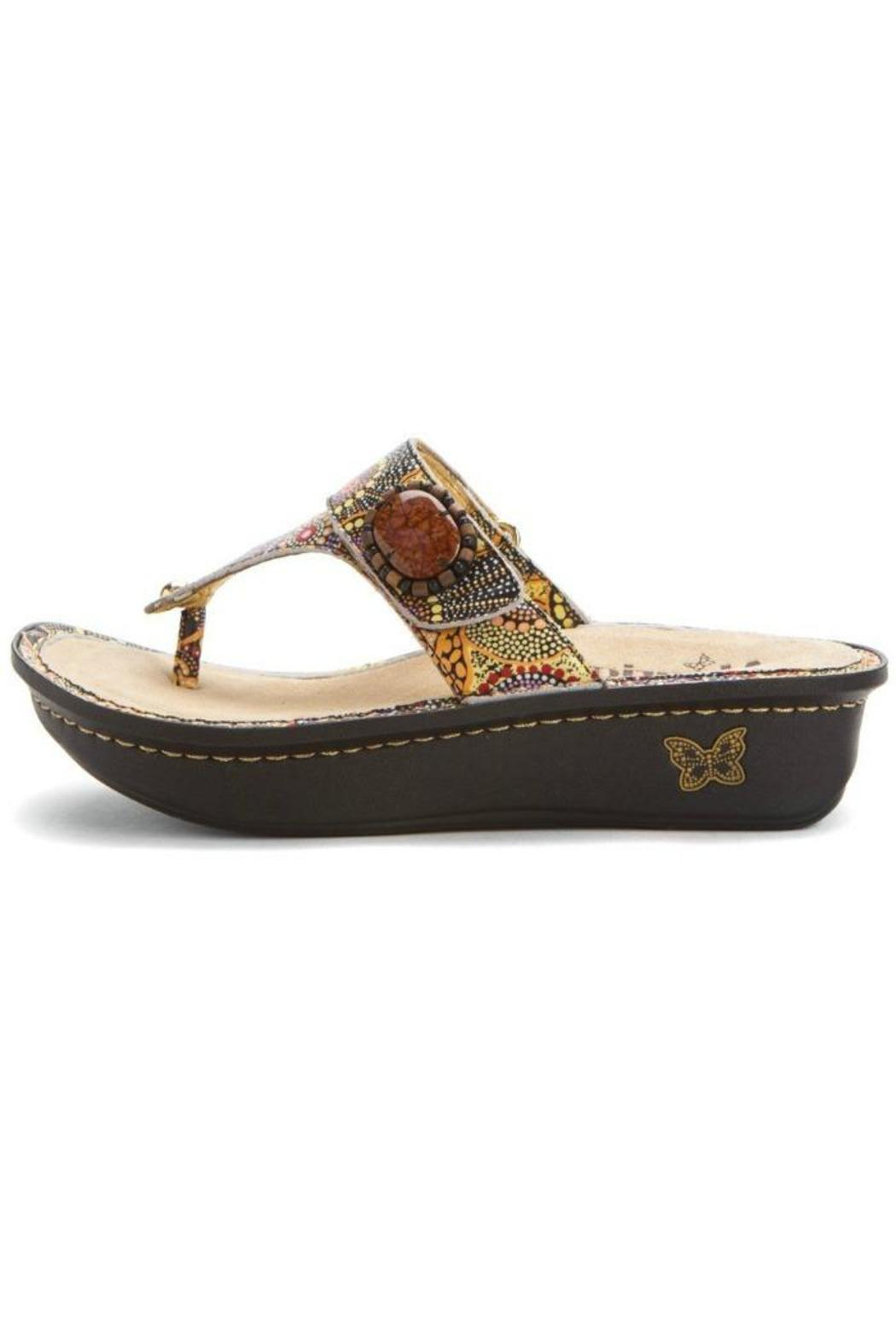 Carina Shoes Price