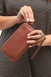 Able Alem Continental Wallet - Front cropped