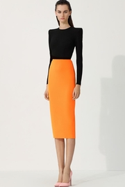 Alex Perry Darley-Crepe Two-Tone Dress - Front cropped