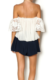ALEXIS White Top - Back cropped