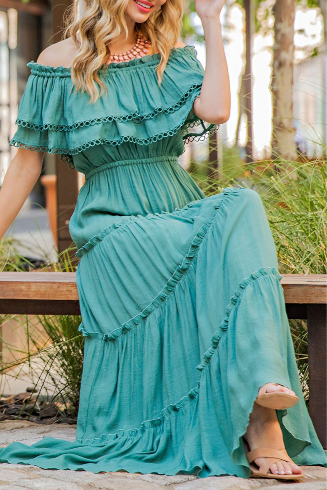 eesome All My Love Maxi dress - Front Cropped Image