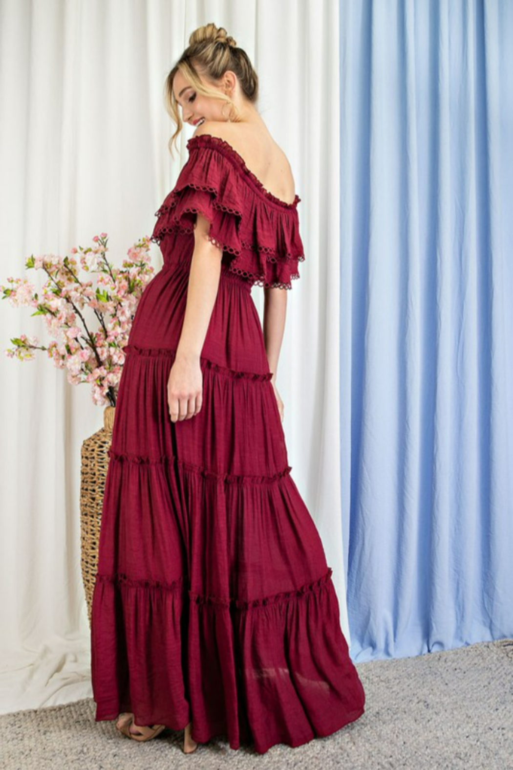 eesome All My Love Maxi dress - Back Cropped Image