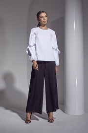 SHILLA THE LABEL Allure Pants - Front cropped