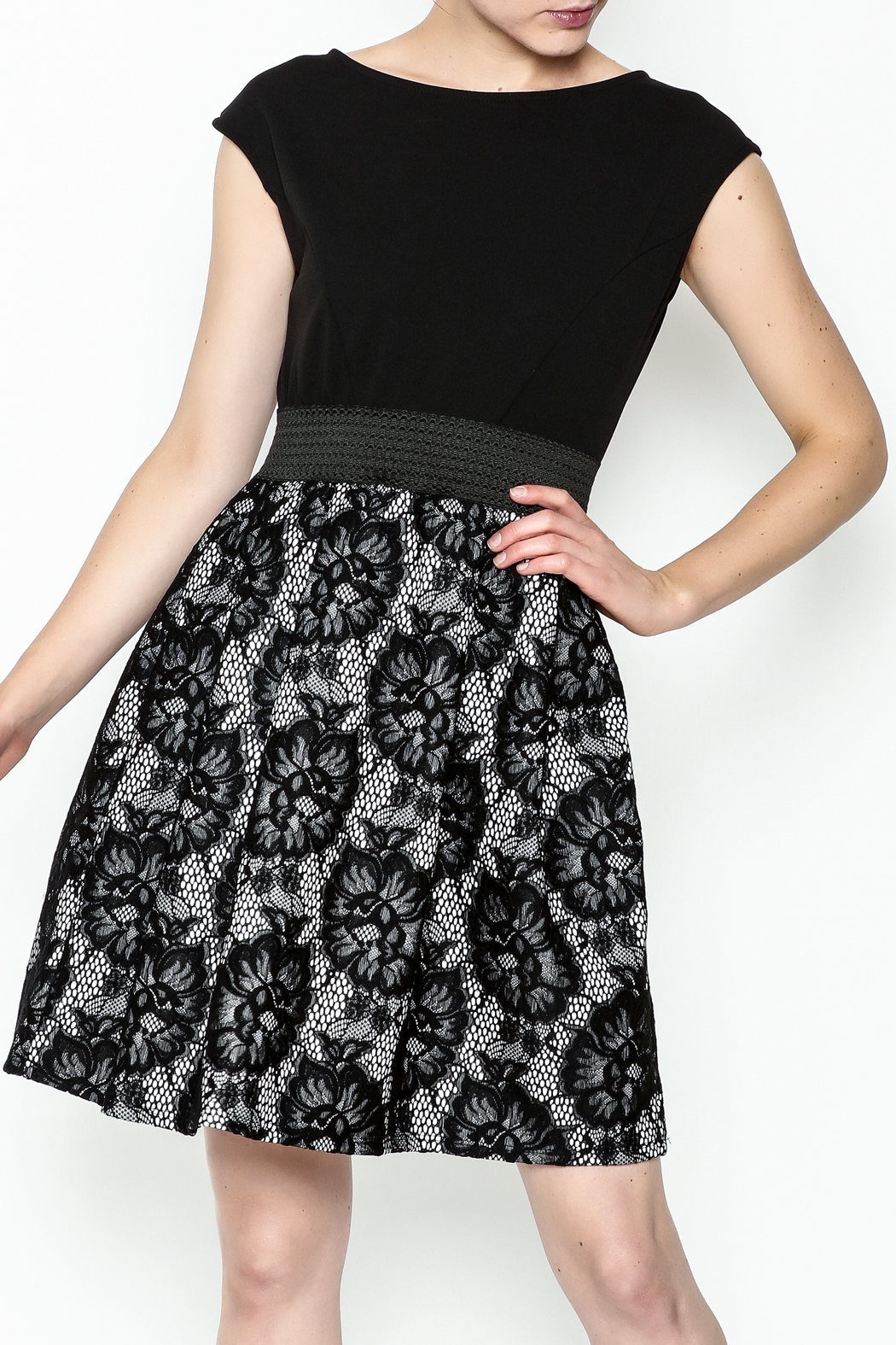 Almatrichi Lace Dress - Front Cropped Image