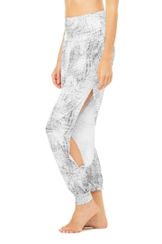 ALO Alo Intention Pant - Front cropped