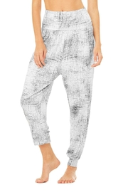 ALO Alo Intention Pant - Front full body