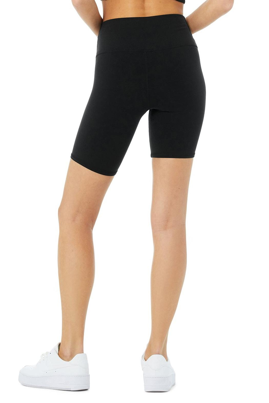 ALO High-Waist Biker Short - Side Cropped Image