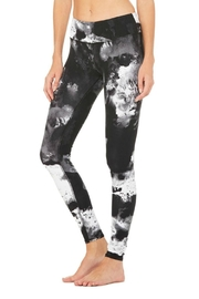 ALO Yoga Airbrush Legging - Front full body