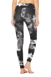 ALO Yoga Airbrush Legging - Side cropped