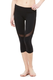 ALO Yoga Curvature Capri - Product Mini Image