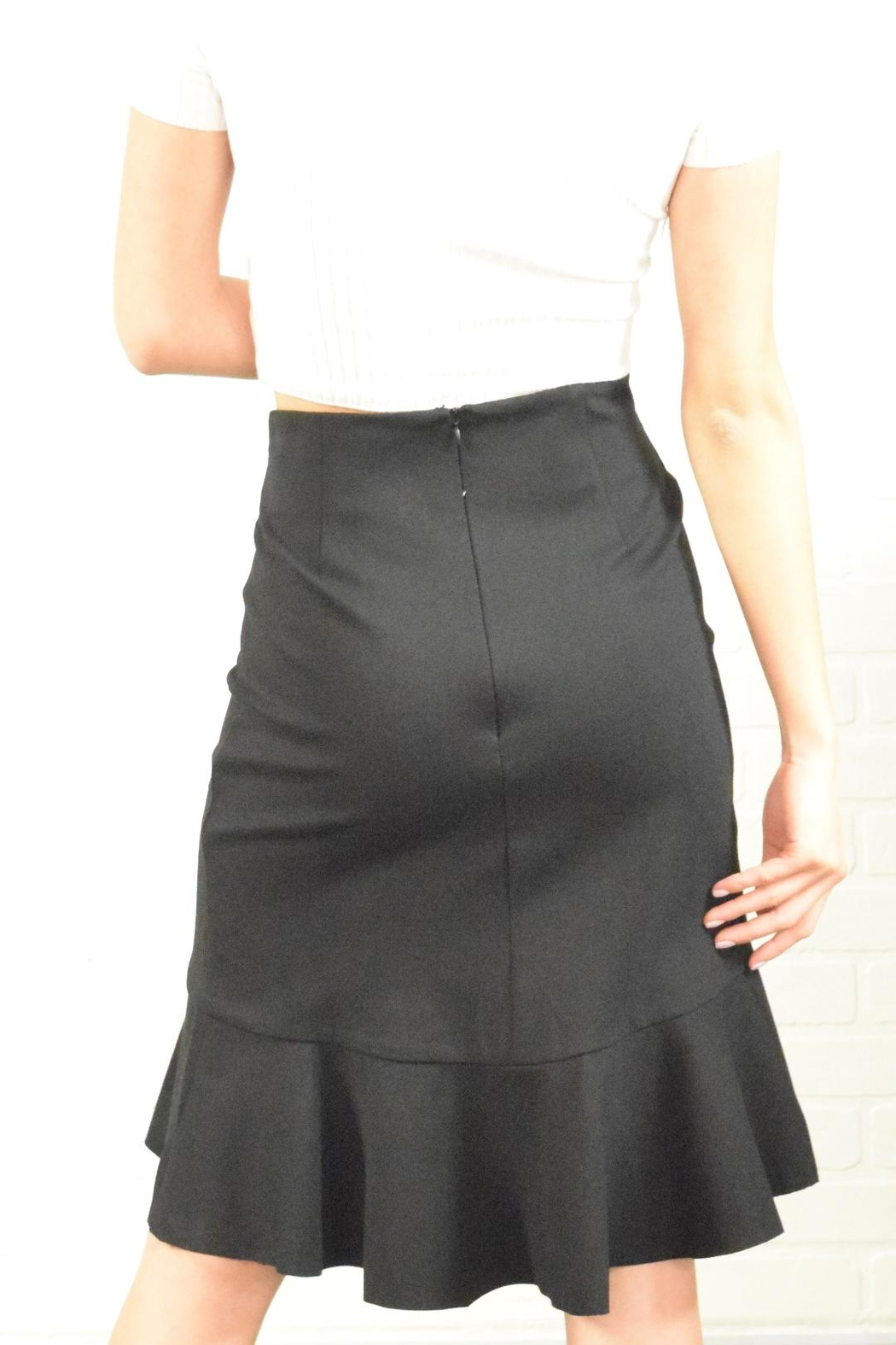 Alythea Ruffle Detail Skirt - Side Cropped Image