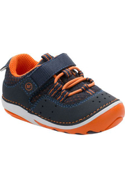 Stride Rite Amos Smart Motion Sneaker - Front cropped