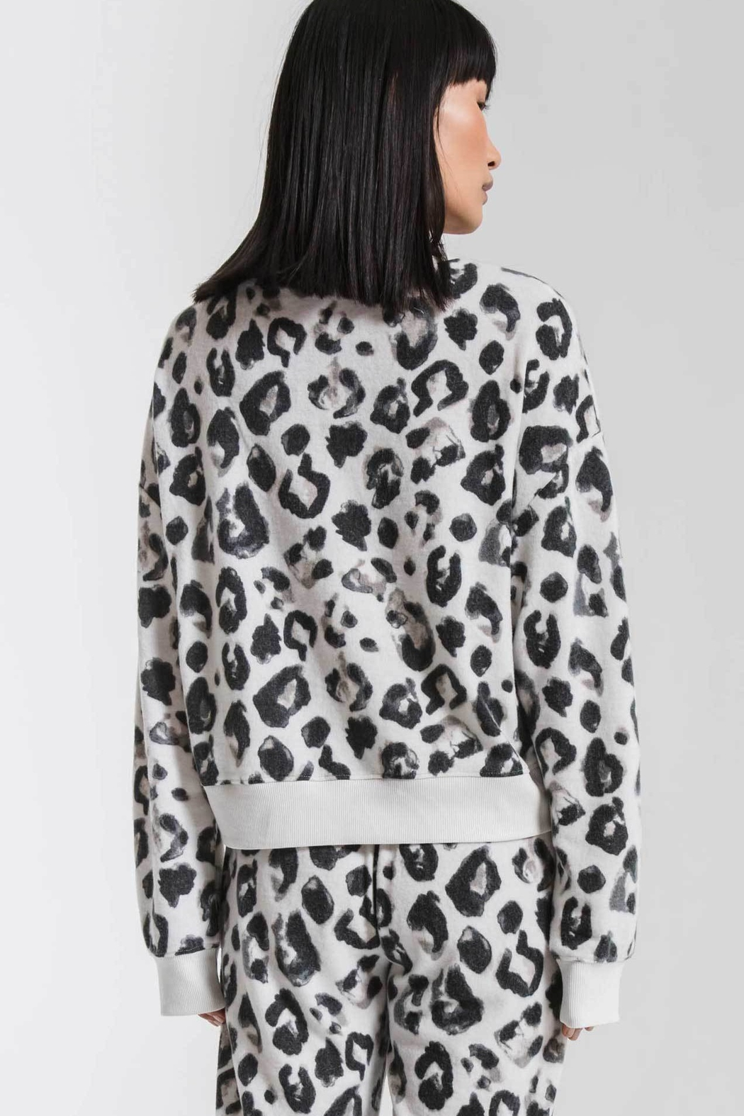 z supply Amur Leopard Pullover - Side Cropped Image