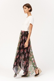 Amur Mica Skirt - Front full body