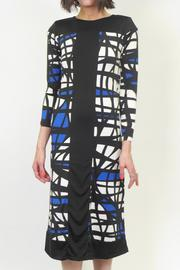 Analili Abstract Sheath Dress - Front cropped