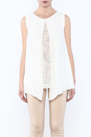Analili White Panel Top - Side cropped
