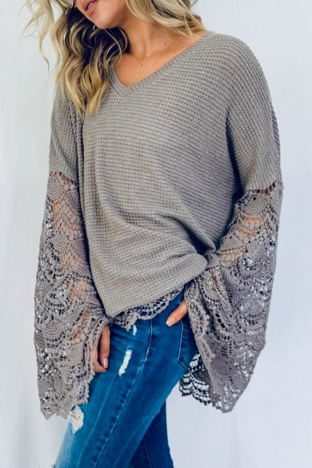 And the Why Liv Lace Tunic - Side Cropped Image