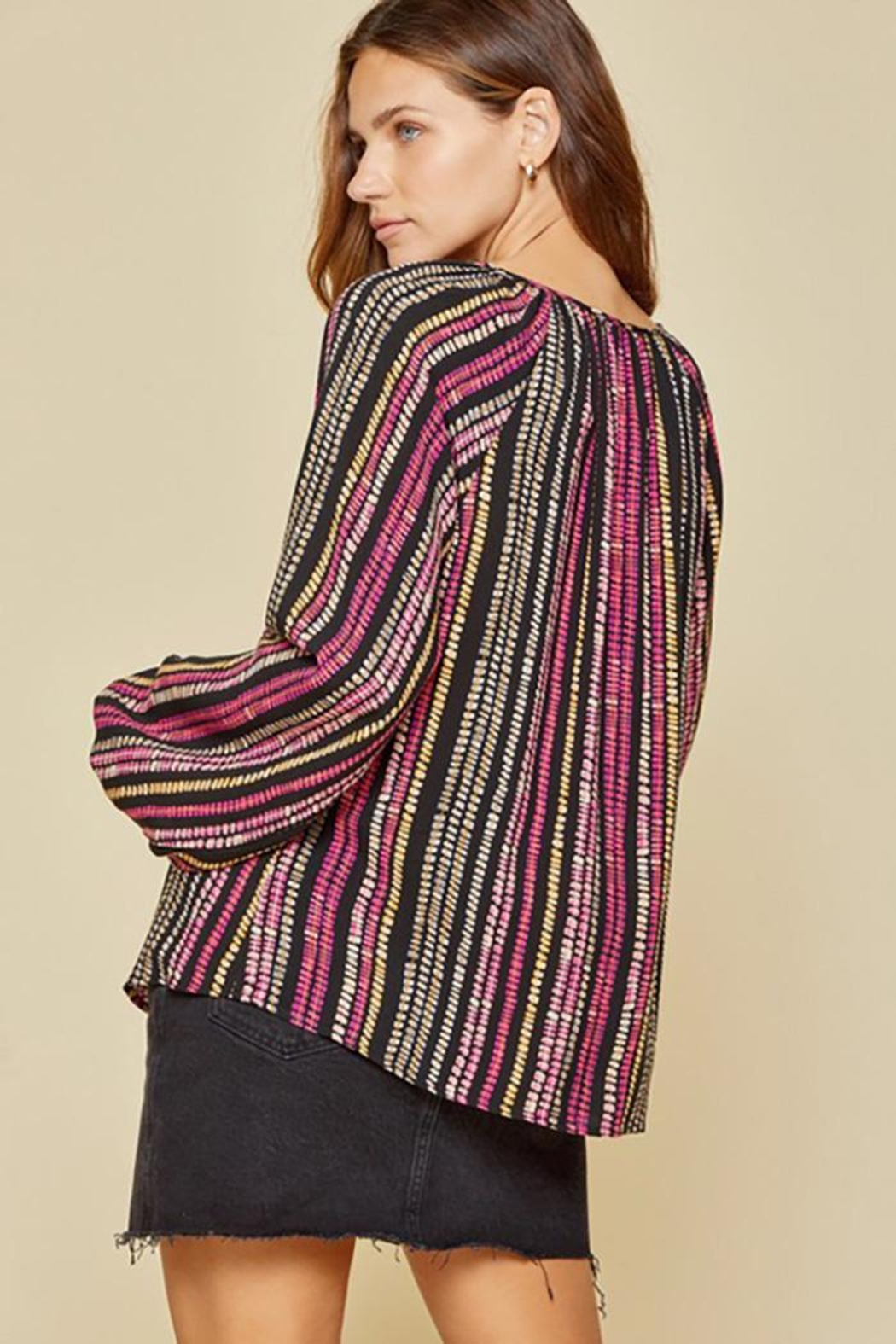 Andree by Unit Balloon Sleeve Long Sleeve Top - Side Cropped Image