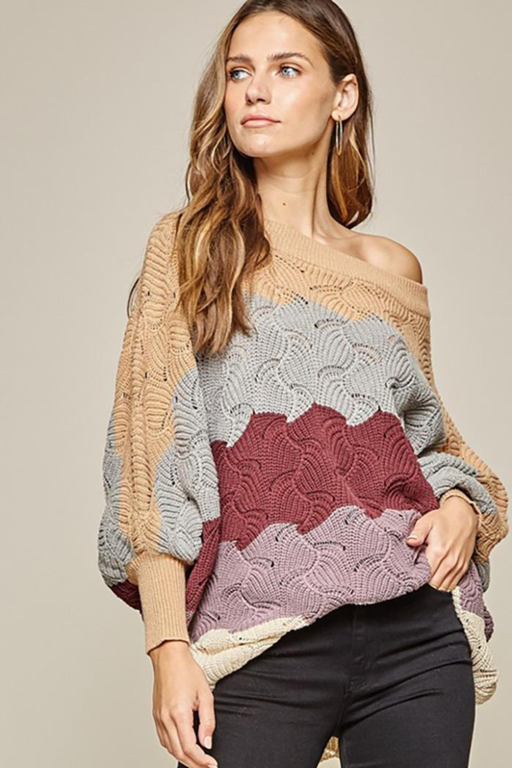 Andree by Unit Dolman Sleeves Oversized Fit Sweater - Back Cropped Image