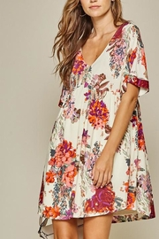 Andree by Unit Floral Shift Dress - Product Mini Image