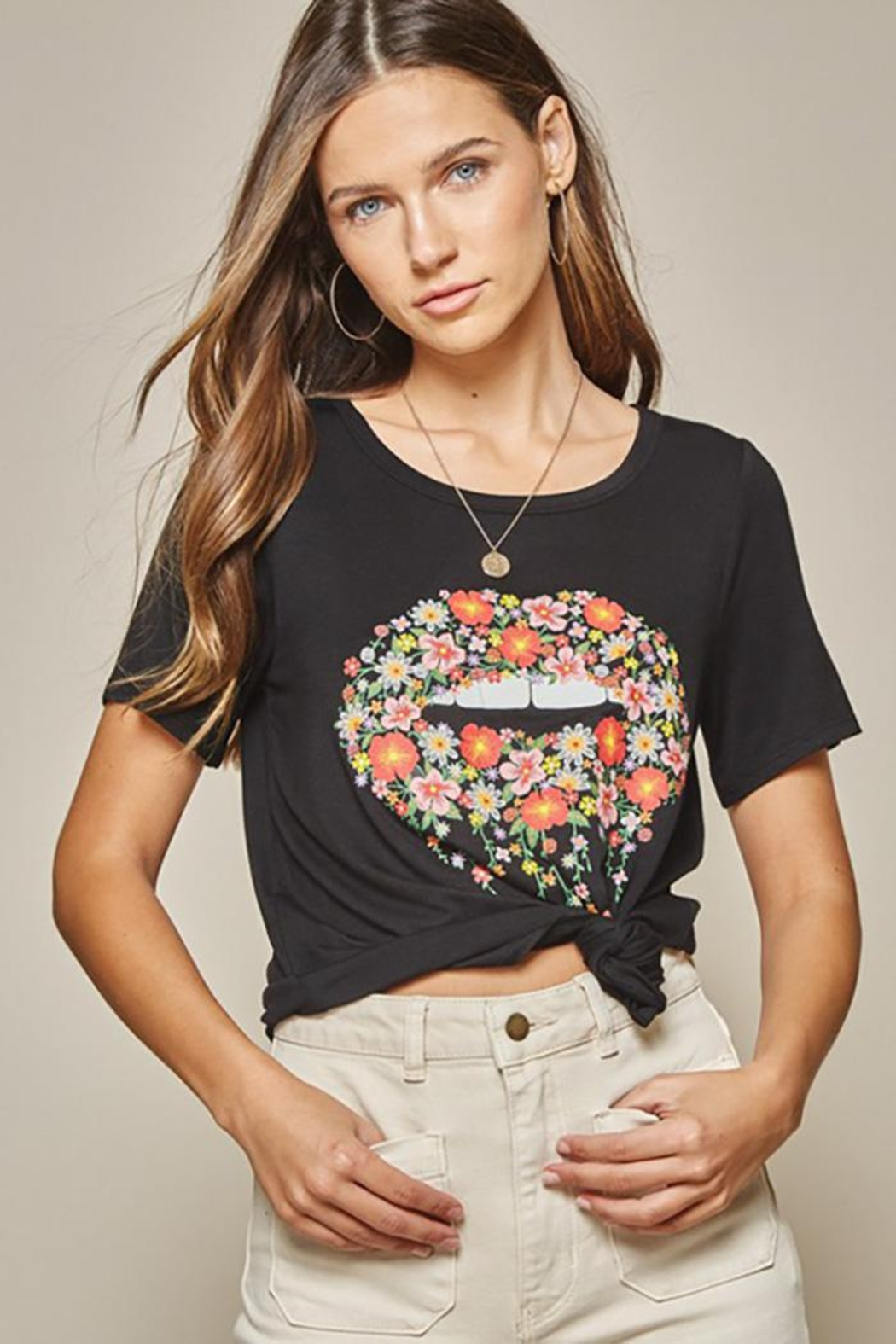 Andree by Unit Graphic Tee Lips - Front Full Image