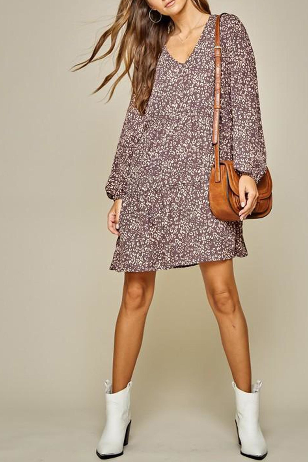 Andree by Unit Leopard Tiered Shift-Dress - Side Cropped Image