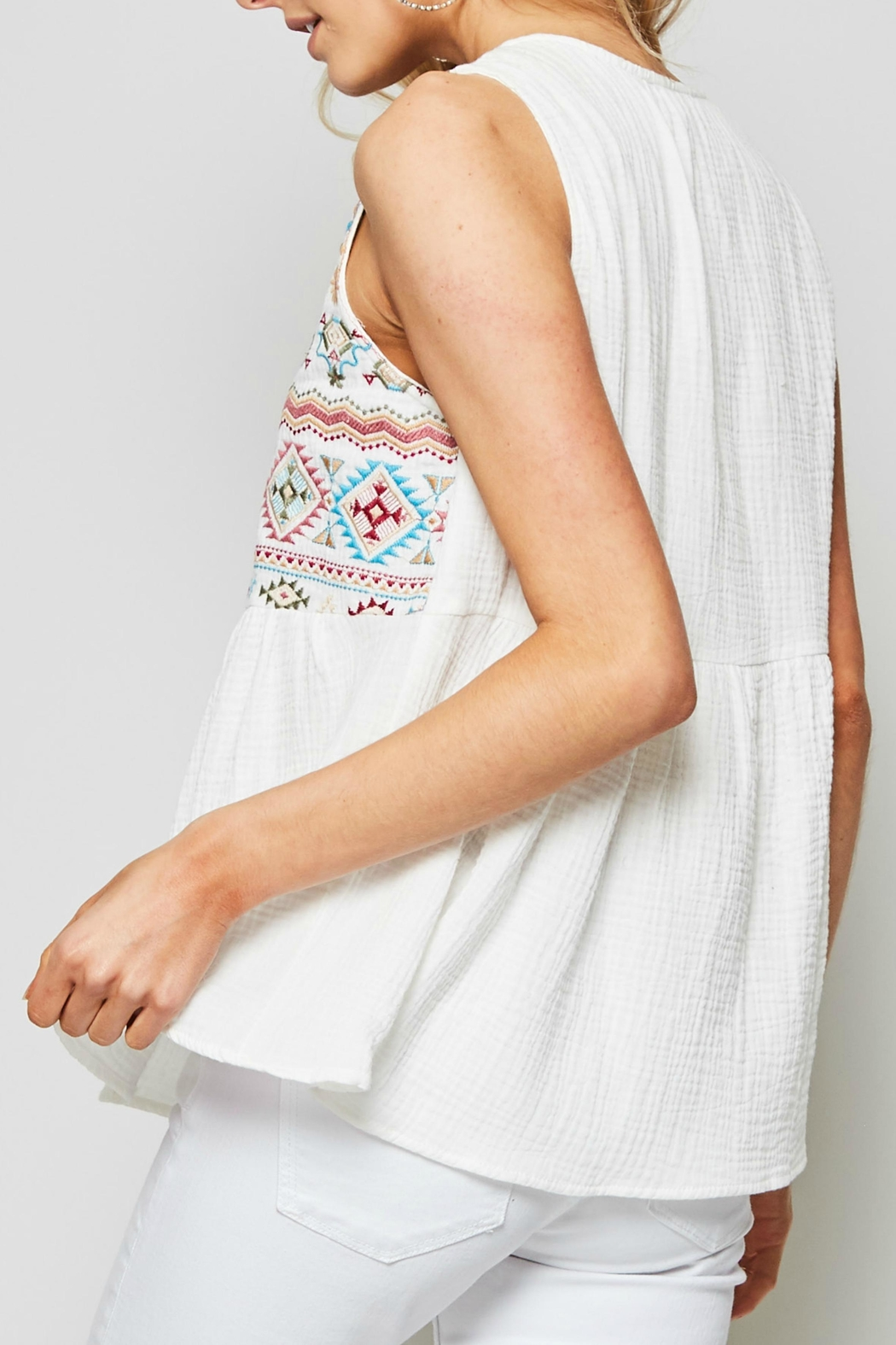 Andree by Unit Sleeveless Embroidered Top - Front Full Image