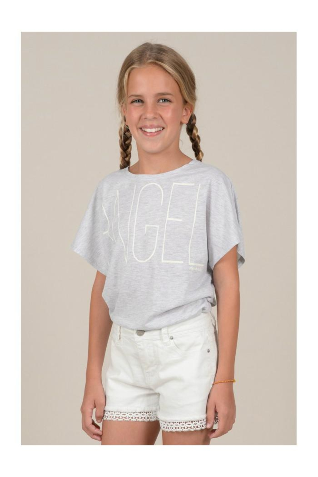 Mini Molly Angel Graphic Tee - Side Cropped Image