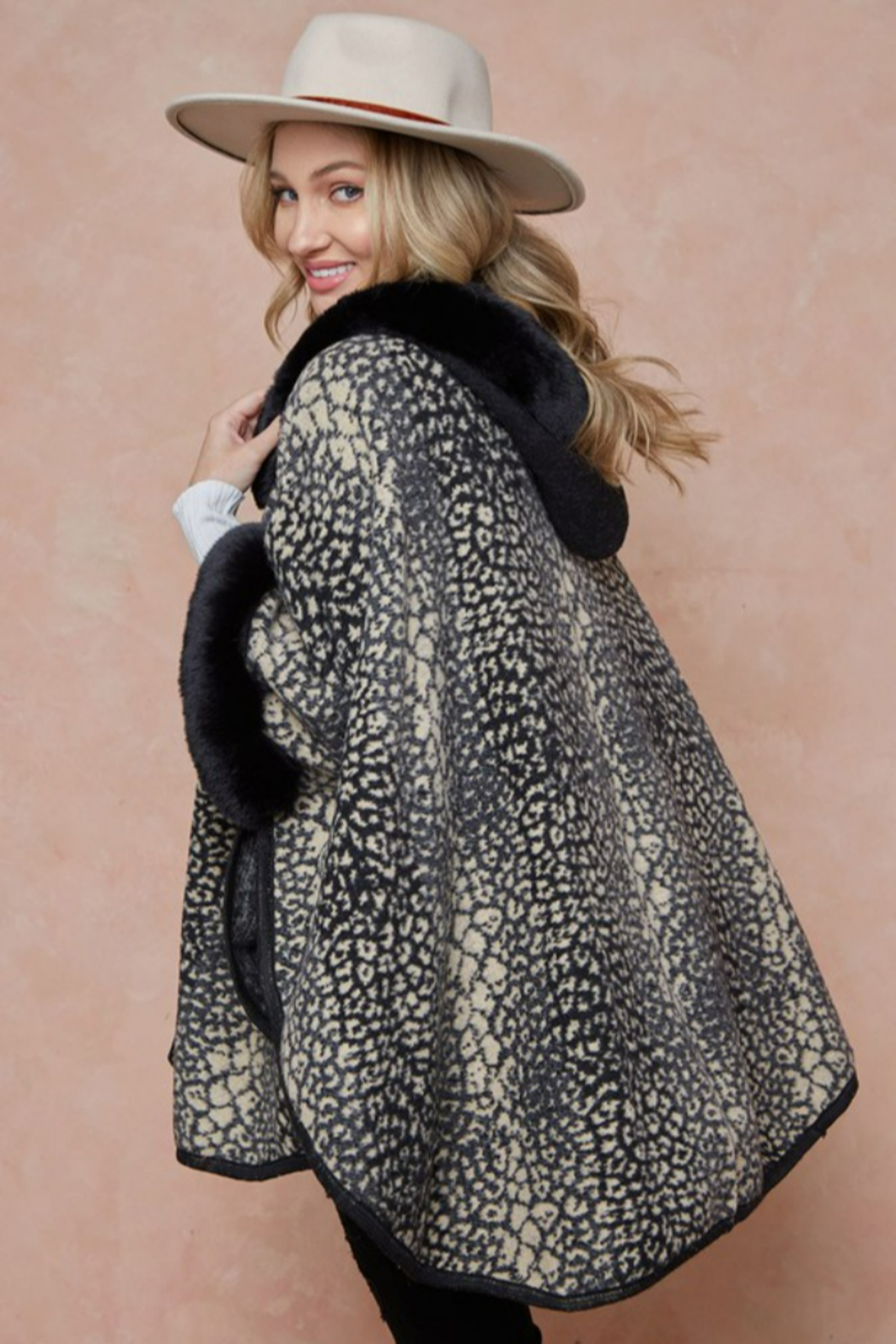 On Blue Animal Pattern Faux Fur Trimmed Poncho - Side Cropped Image