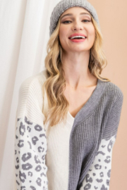 ee:some Animal Print Contrast Knit Sweater - Product Mini Image