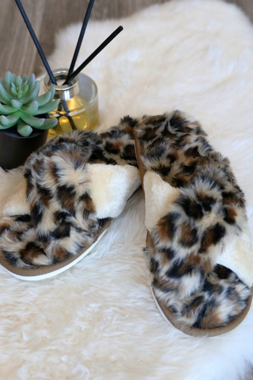 Wanna B Animal Print Cozy Criss Cross Slippers - Side Cropped Image