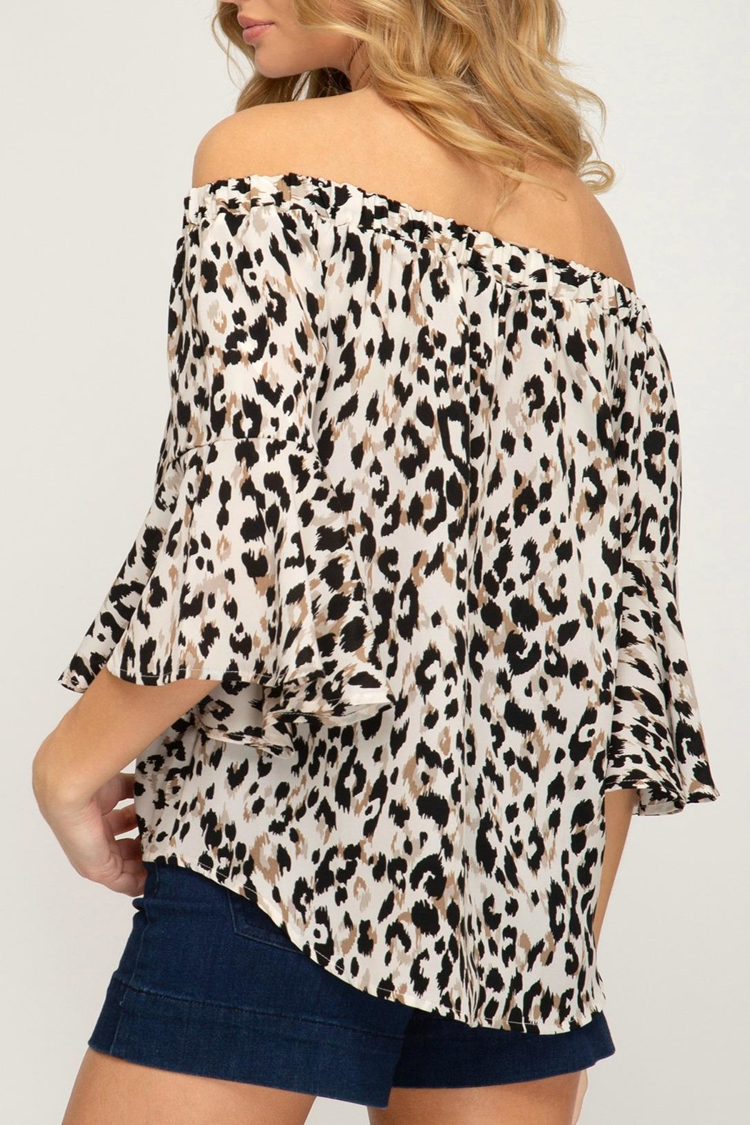 She + Sky Animal-Print Front Tie - Back Cropped Image