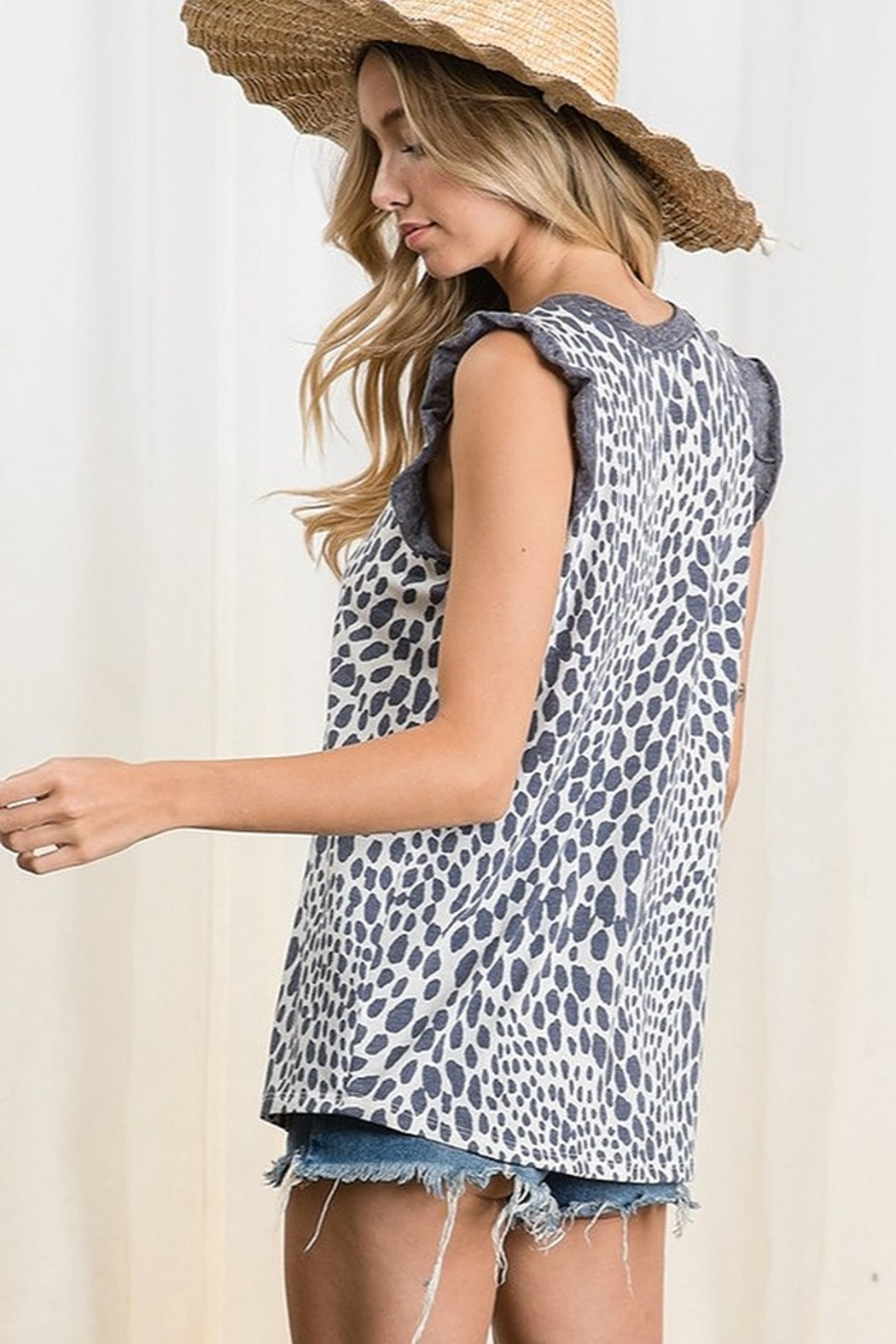 Ces Femme  Animal Print Knit Top - Side Cropped Image