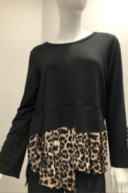 Comfy Animal Print Top - Product Mini Image