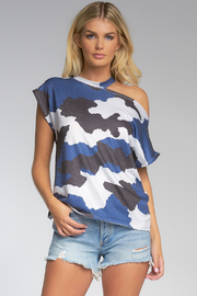 Elan  ANIMAL PRINT TOP - Product Mini Image
