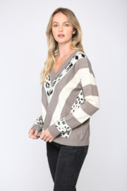 Fate  Animal Print V Neck Sweater - Side cropped