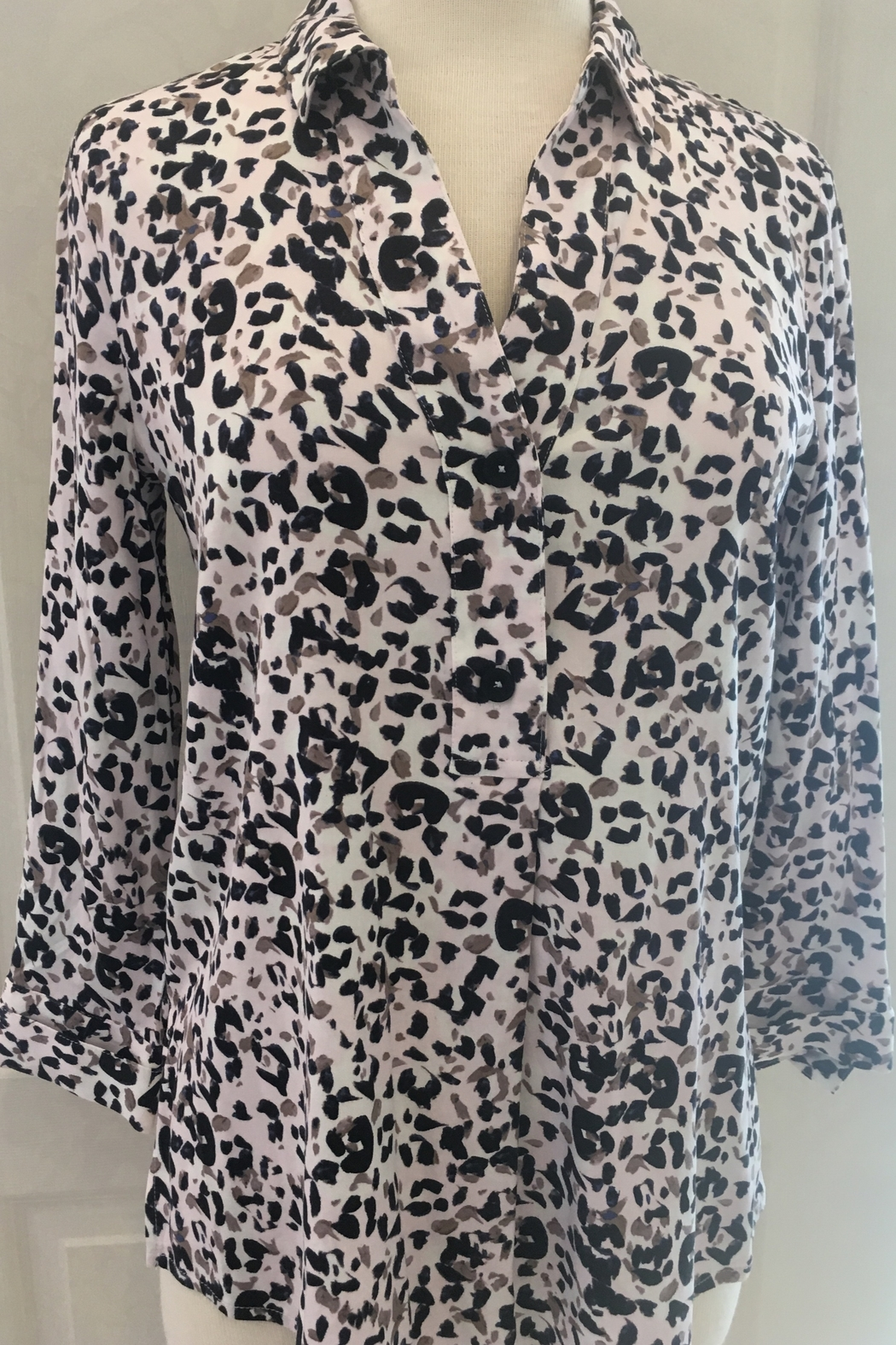Nic+Zoe Animal print v-neck with collar two button tunic blouse. - Front Cropped Image