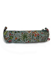 Anju Toothbrush Bag - Front cropped